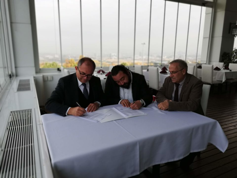Humed & cxocARd sign an agreement !